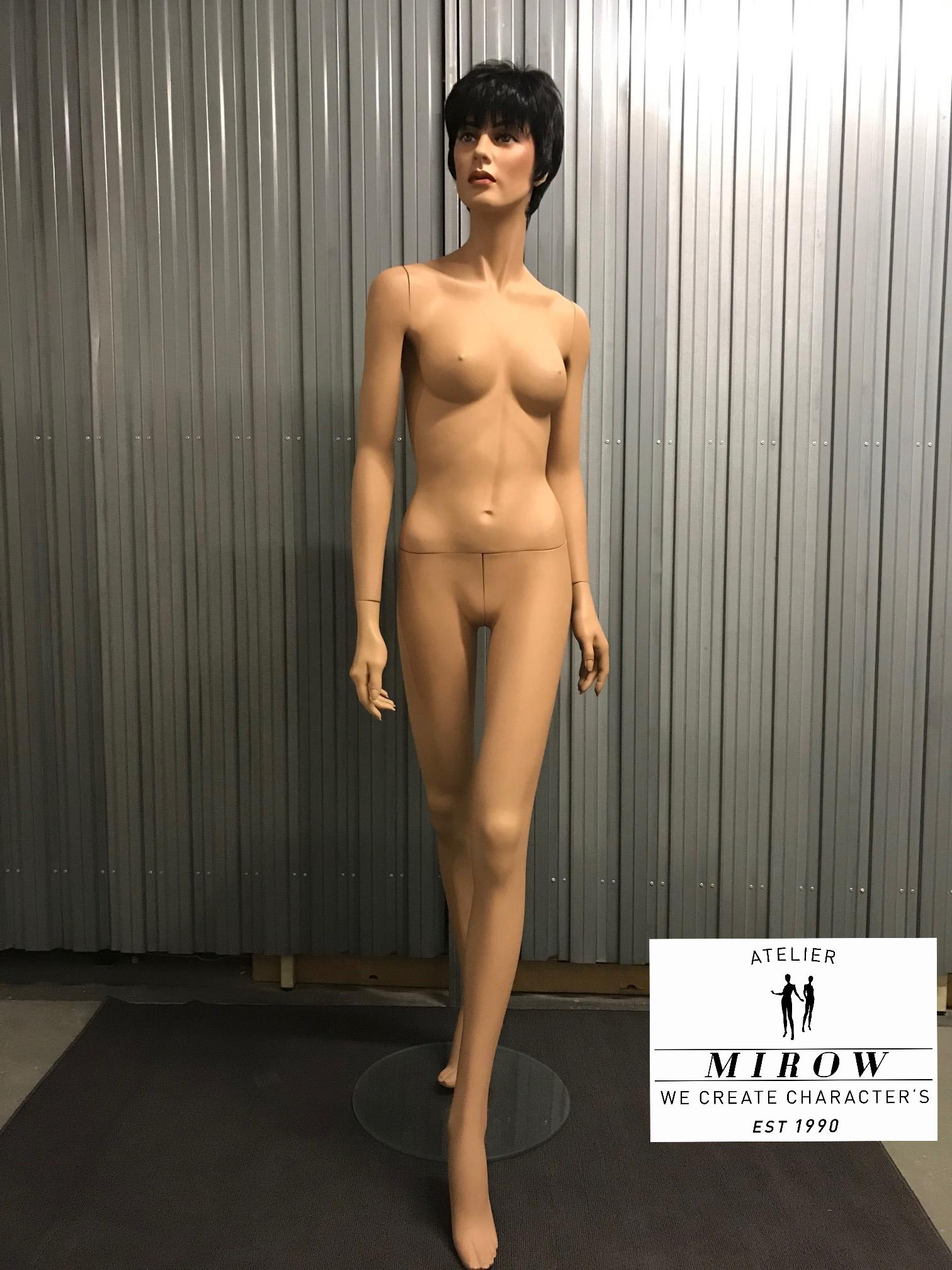 Schaufensterfigur Dame 7427-52